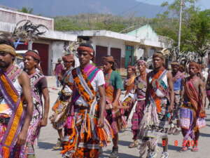 The Lovely Planet|Timorese Men